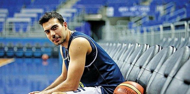 Fenerbahçe Beko oyuncusu Sloukas'ın acı günü