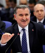 Gençlik ve Spor Bakanı Osman Aşkın Bak'tan 23 Nisan mesajı