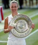 Wimbledon'ın yeni kraliçesi Kerber