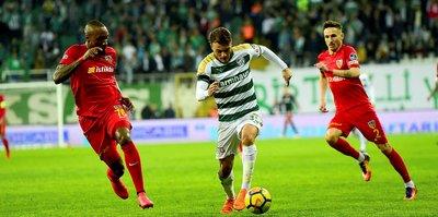 Bursaspor sahasında Kayserispor'u ağırlıyor
