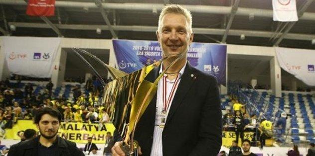 Fenerbahçe HDI Sigorta başantrenör Mariusz Sordyl ile yolları ayırdı - Futbol -