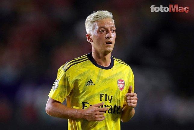 Mesut Özil Arsenal'den ayrılıyor
