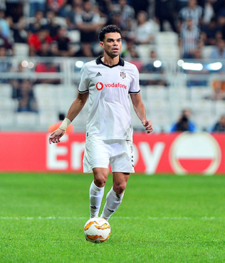 Beşiktaşlı yıldızın sözleşmesi feshedildi!