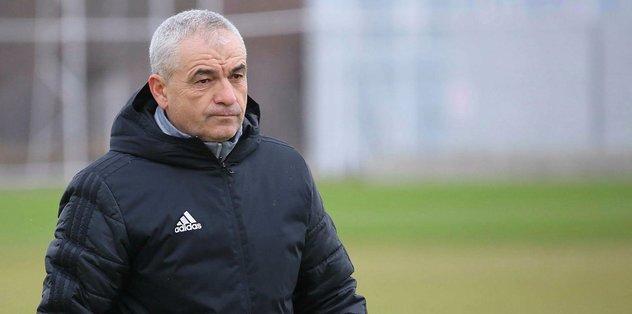 Sivasspor Teknik Direktörü Rıza Çalımbay: Riske girmeye gerek yok