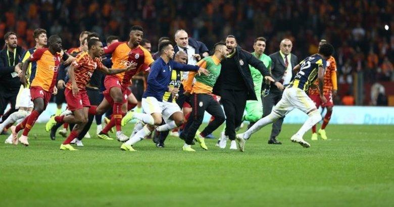 Fotomaç'ın usta yazarları Fenerbahçe - Galatasaray derbisini yorumladı!