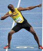 Bolt'un heykeli dikildi