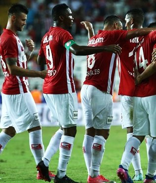 Deplasman lideri Antalyaspor