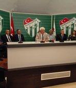 Bursaspor'da divan başkanı İdris Sevinç, güven tazeledi