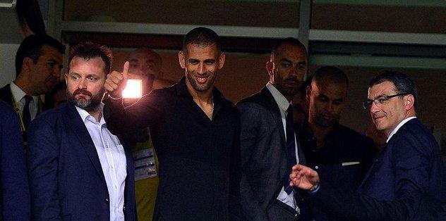 Fenerbahçe Leicester City'den Islam Slimani'yi kaptı!