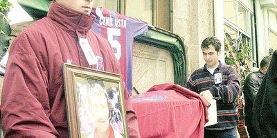 Dozer Cemil ve MustafaGedik ölüm yıldönümlerinde unutulmadı