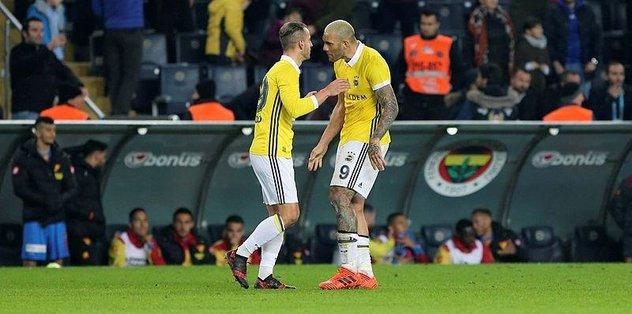 Fenerbahçe Konyaspor karşısında da çift forvet