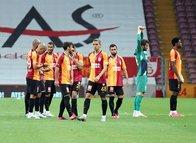 """Galatasaray'ın yıldızına büyük tepki! """"Kadro dışı kalmalı"""""""