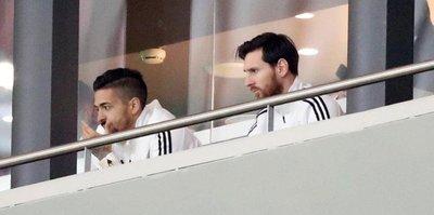 Messi eziyete dayanamadı!