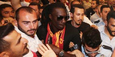 Bafetimbi Gomis, İstanbul'a geldi