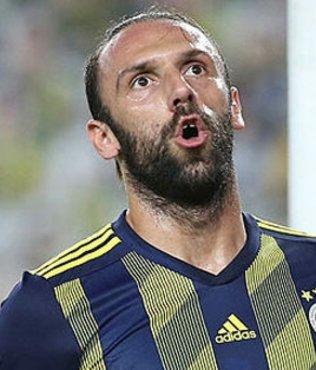 Fenerbahçe büyük çıkmazda! 2 tane Vedat satsa da yetmiyor