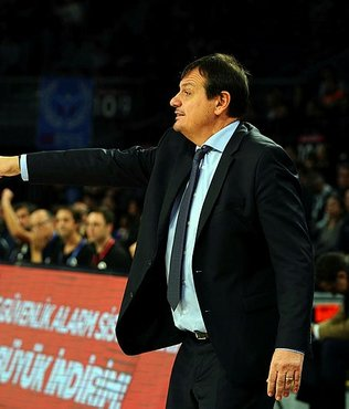 Ergin Ataman: Play off yolunda bir galibiyet daha elde etmeliyiz