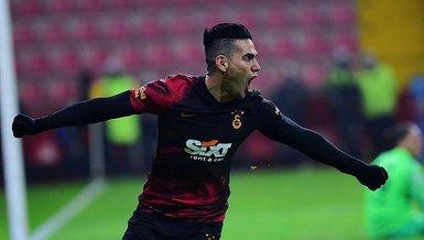 Son dakika spor haberleri: Galatasaray'da Fatih Terim kararını verdi! Radamel Falcao...