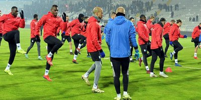Erzurumspor'da Antalyaspor maçı çalışmaları devam ediyor