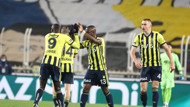 Fenerbahce struggle to get home draw, Ozil injured
