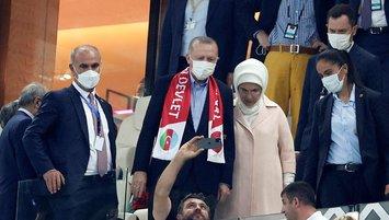Başkan Erdoğan tribündeydi