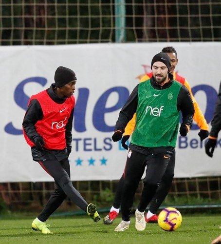 Galatasaray Antalya kampında kabuk değiştirdi
