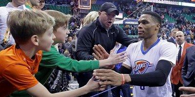 """Westbrook'tan 59. """"triple-double"""""""
