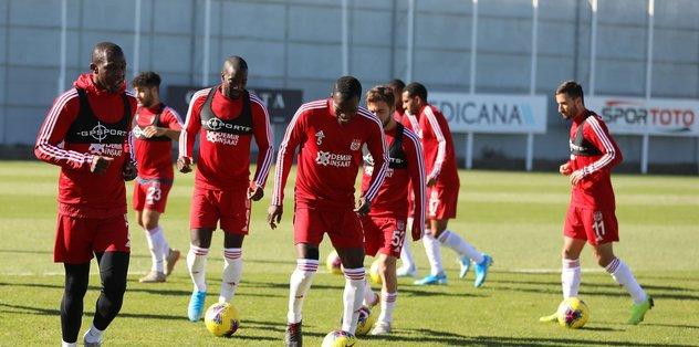 Sivasspor'da Konyaspor mesaisi sürüyor
