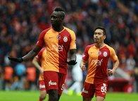 Galatasaray forvetini buldu! Rakip Liverpool…