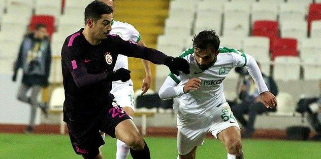 Galatasaray Sivas'ta turladı
