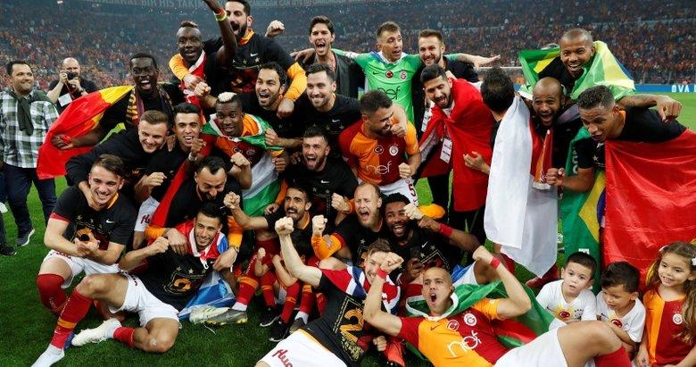 Galatasaraylı ismin menajeri açıkladı: Fenerbahçe ilgileniyor
