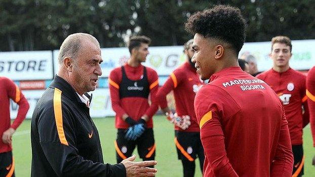 Son dakika spor haberi: Galatasaray'ın yeni yıldızı Gustavo Assunçao sahaya indi! İşte o kareler...