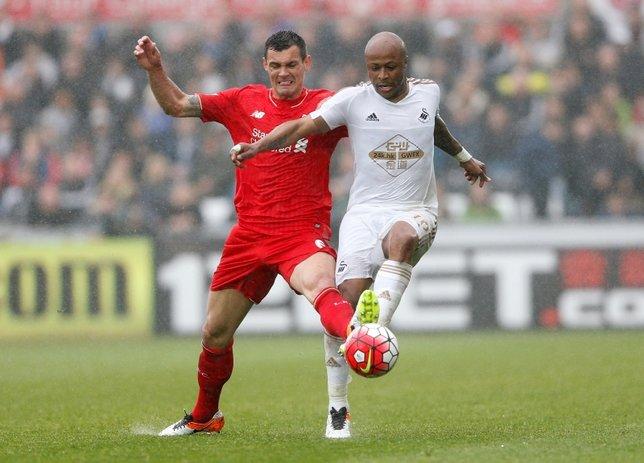 Fenerbahçe Swansea'den Andre Ayew transferini bitirdi!