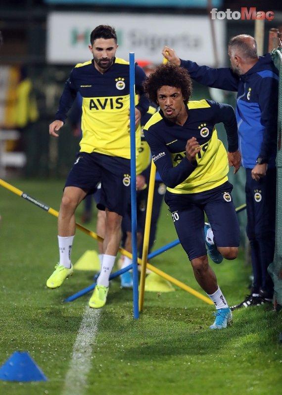 Fenerbahçe'yi yıkan haber! Max Kruse ...