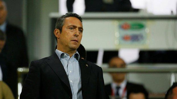 Son dakika spor haberi: Fenerbahçe'de kriz! Yönetim taraftarı çıldırttı