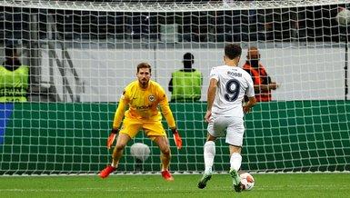 Frankfurt Fenerbahçe maçında Diego Rossi net fırsattan yararlanamadı!
