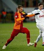 Serdar Aziz Porto maçında cezalı