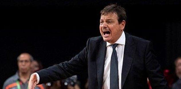 """Ergin Ataman: """"Kaos basketboluyla kazandık"""""""