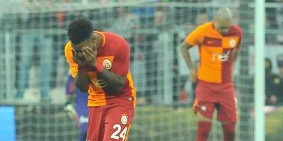 Galatasaray'a iki şok birden! Gözyaşlarını tutamadı
