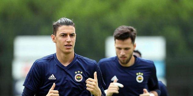 Fenerbahçe'de Berke Özer kiralık gidecek