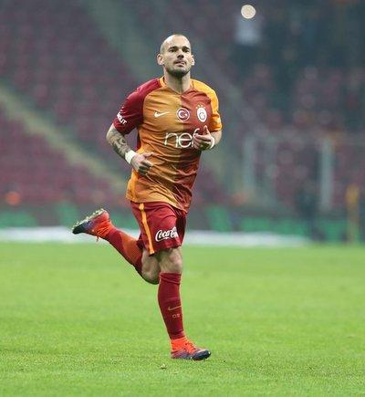 Sneijder: Gelecek planlarımı yıktılar