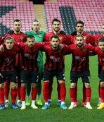 TFF 1. Lig ekibine transfer şoku! 2 yıl...