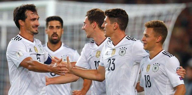 Almanya'dan yarım düzine gol