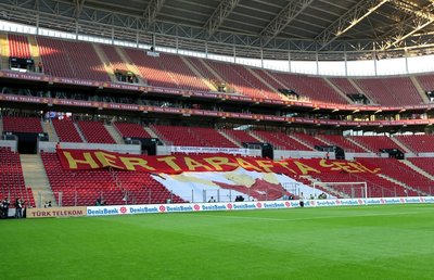 İnternette Galatasaray - Trabzonspor geyikleri