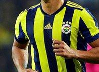 Fenerbahçeli yıldızdan flaş itiraf! 'Küme düşmekten korktuk...'