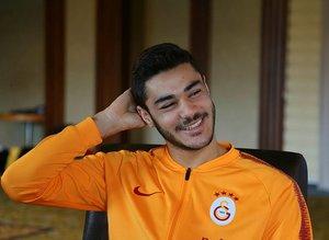 Ozan Kabak 4 ay oynadı Galatasaray'a servet bıraktı!