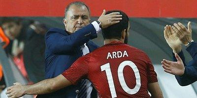 Arda Turan'a Galatasaray taraftarına tepki gösterecek mi?