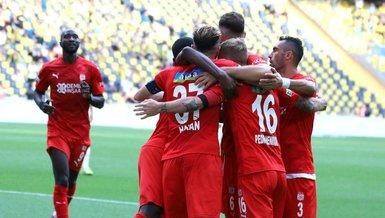 Sivasspor Fenerbahçe'ye yenilmiyor!