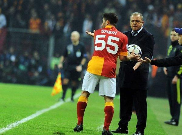Galatasaray Schalke'yi maçının geyikleri