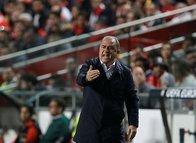 Galatasaray'da Fatih Terim o iki ismin biletini kesti