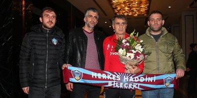 Trabzonsporlu taraftarlardan Şenol Güneş'e ziyaret